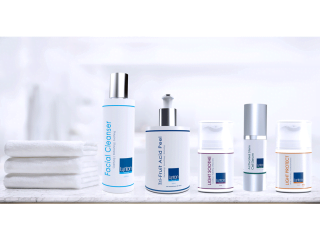 Lynton Lasers Unique Skincare Range Including The Lynton Cleanser, Tri-Fruit Acid Peel, Light Soothe, Stem Cell and SPF 50