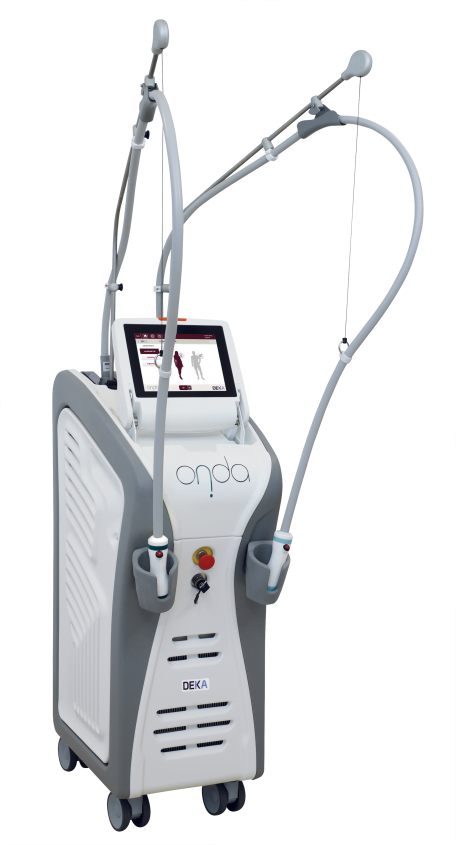 The ONDA Coolwaves™ machine used for body sculpting and cellulite treatment